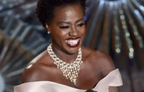 Oscars 2015 Van Cleef & Arpels Viola Davis - Van Cleef & Arpels - Photo by Kevin Winter Getty Images 464172342