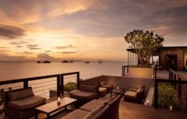 Conrad Resort Koh Samui Aura Lounge at Sunset 1