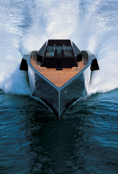 Wally 118 Yacht frontal