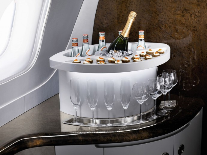 Embraer Lineage 1000 interieur champagne