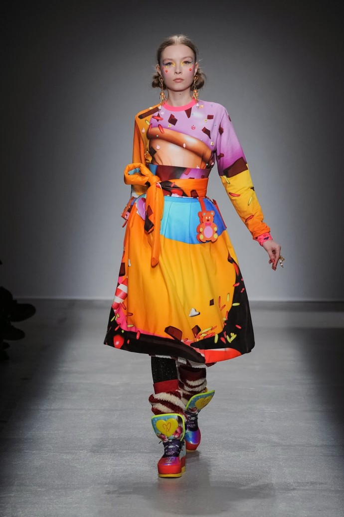 Défilé Paris Fashion Week manish arora winter2014 2015