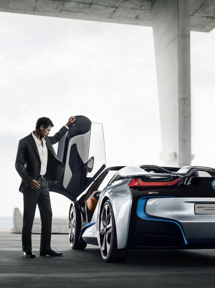BMW i8 lifestyle