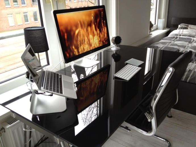 Imac bureau design apple
