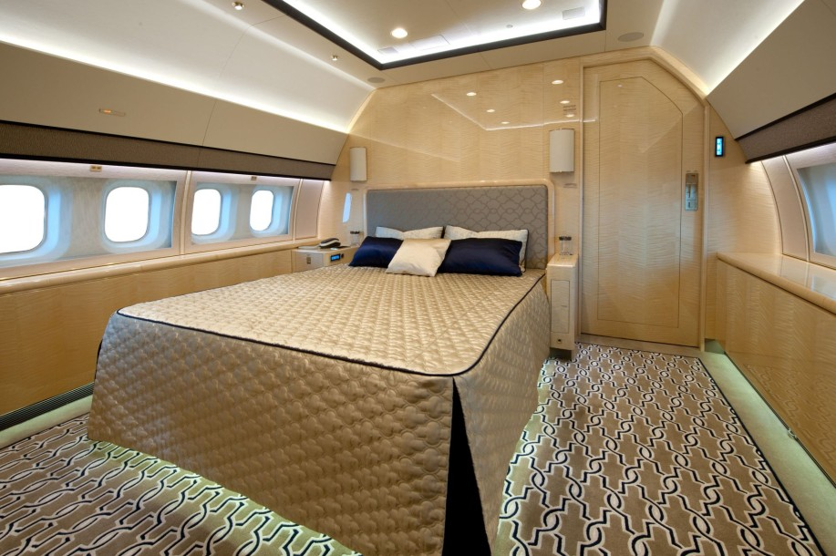 le jet priv bbj 3 une performance 55 4 millions d. Black Bedroom Furniture Sets. Home Design Ideas