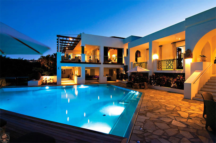 Lighted Blue Pool - Bestof Luxury Pictures July 2014