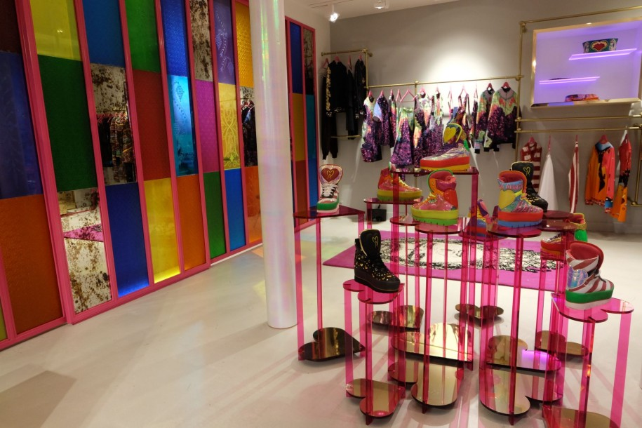 Manish Arora Flagship paris détails
