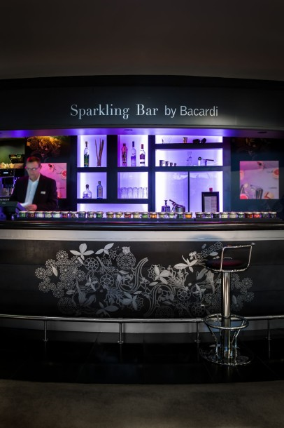 Sparkling Bar By Bacardi Sparkling Bar Vertical @Caspar Miskin
