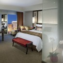 las-vegas-room-stripview-room-1