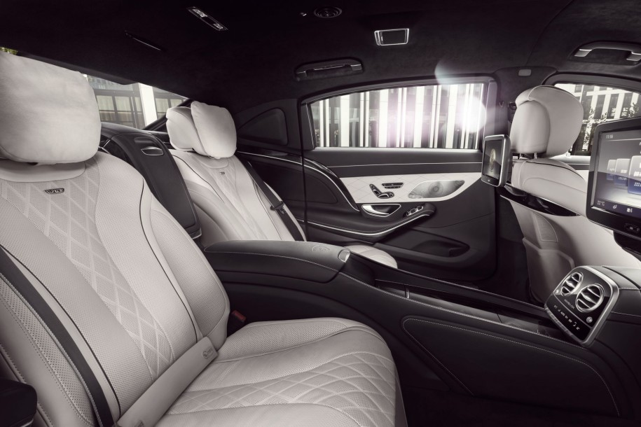 Mercedes-Maybach S 600 Guard interieur