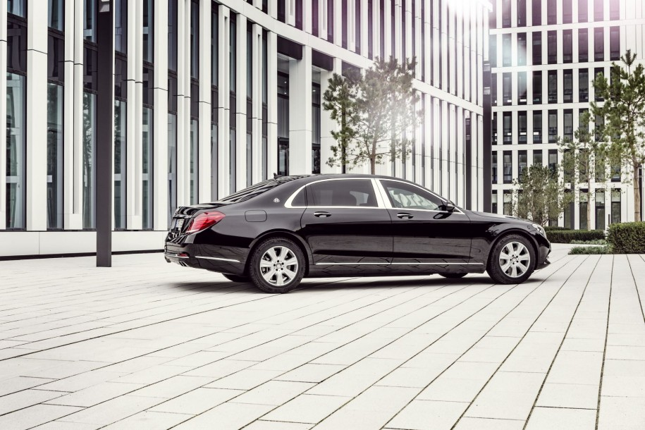 Mercedes-Maybach S 600 Guard noire