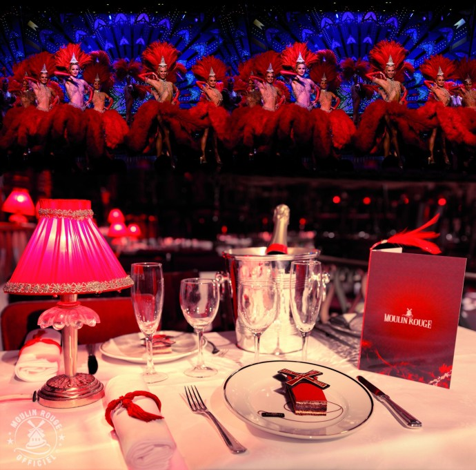 Table ©Moulin Rouge®