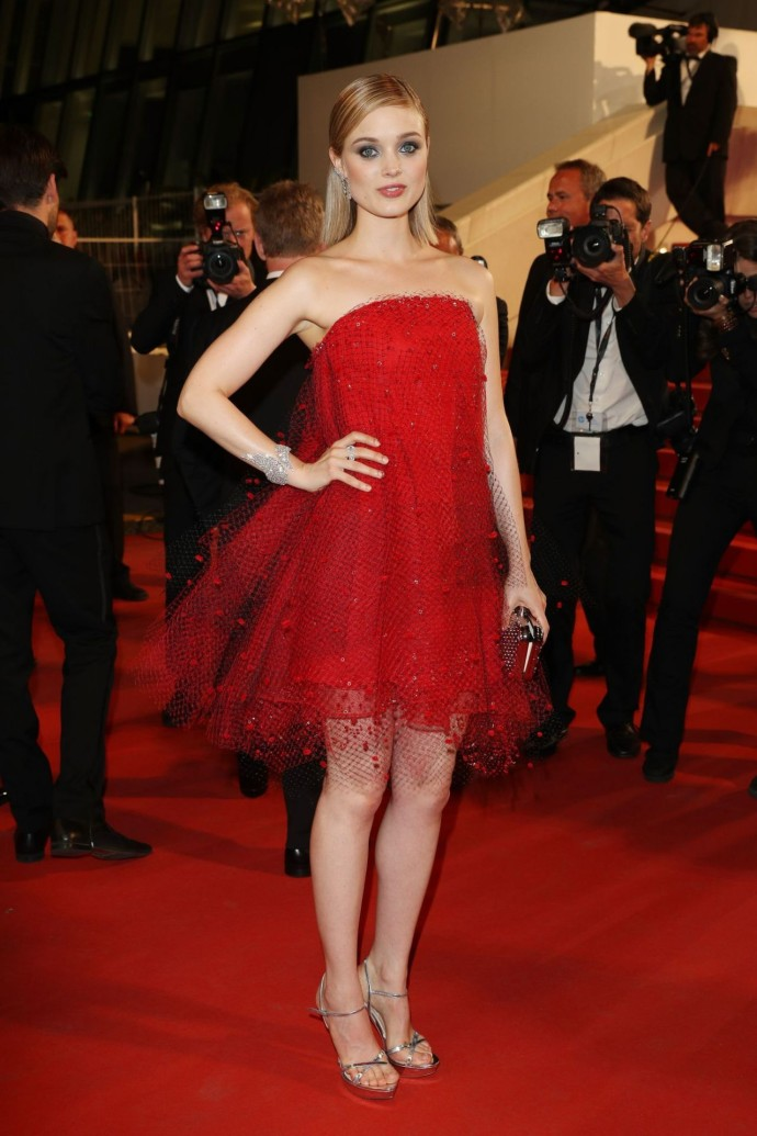 bella-heathcote-armani-cannes