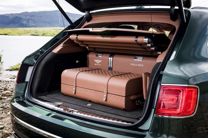 Bentley Bentayga Fly Fishing by Mulliner – The Ultimate Angling Accessory  (3)