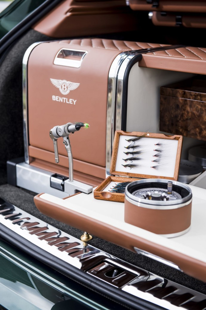 Bentley Bentayga Fly Fishing by Mulliner – The Ultimate Angling Accessory  (7)