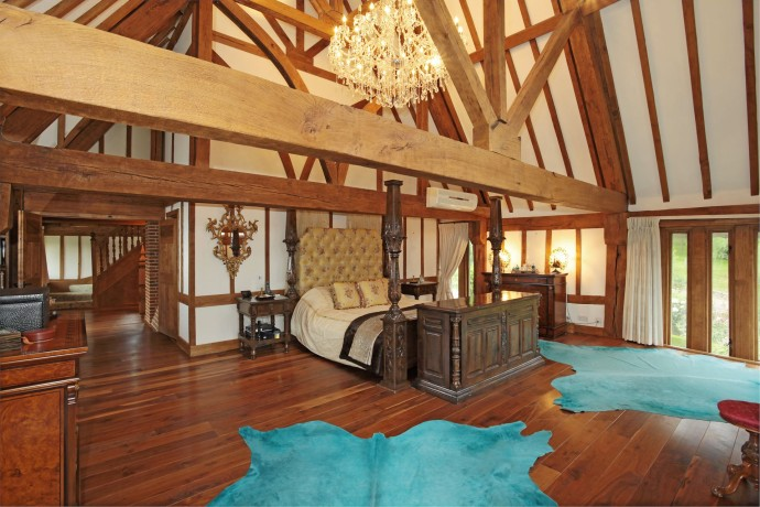 Lisa Marie Presley's Property on Sale bedroom