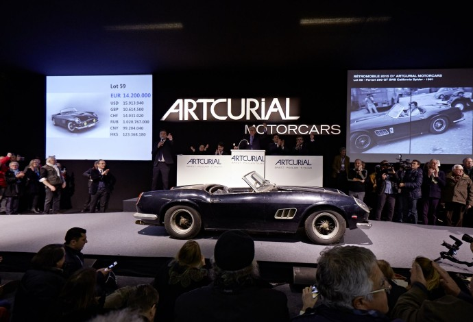 Artcurial motorcars 1961 FERRARI 250 GT SWB CALIFORNIA SPIDER - COLLECTION BAILLON - SOLD 16,3 ME-18,5 M$ - AUCTION ROOM ∏ ARTCURIAL