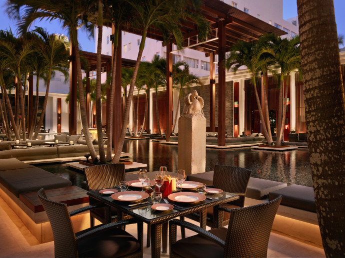 Setai The Restaurant courtyard