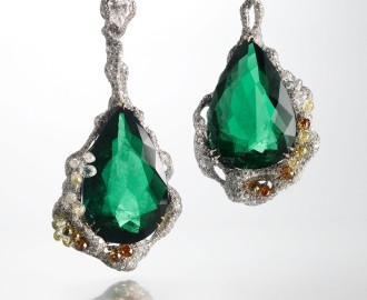 cindy-chao-2010-black-label-masterpiece-no-17-architectural-collection-emerald-drops-earrings
