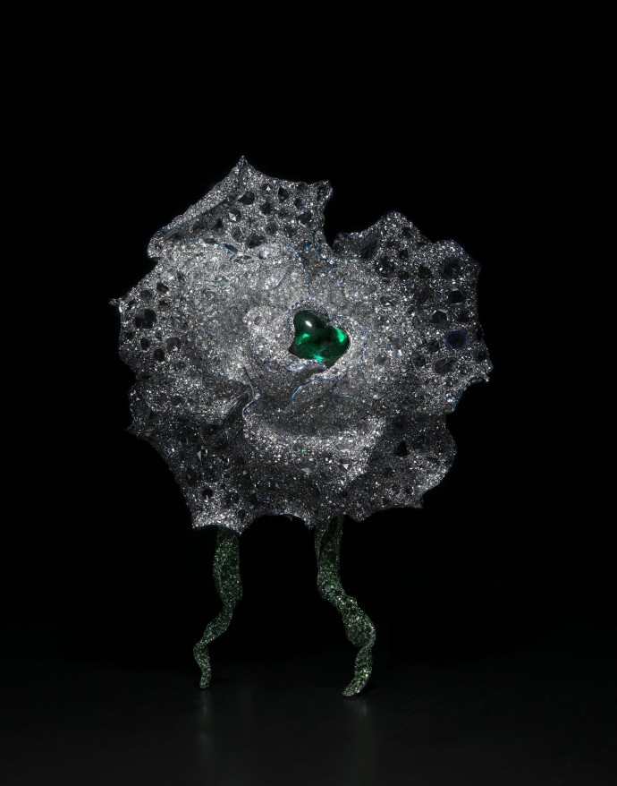 cindy-chao-the-art-jewel-2014-black-label-masterpiece-no-6-emerald-rose-brooch