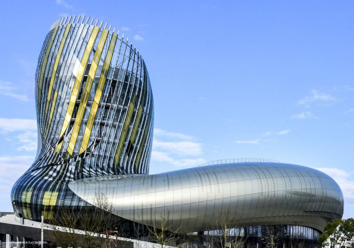 la-cite-du-vin-bordeaux-france-2016-xtu-anaka-la-cite-du-vin