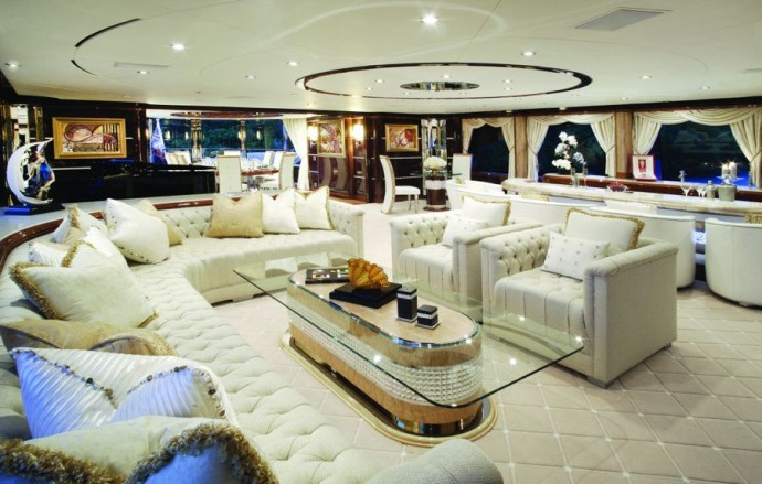 diamonds-are-forever-luxury-yacht-charter-08