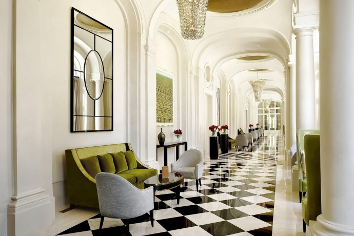 trianon-palace-versailles-a-waldorf-astoria-bar-galerie