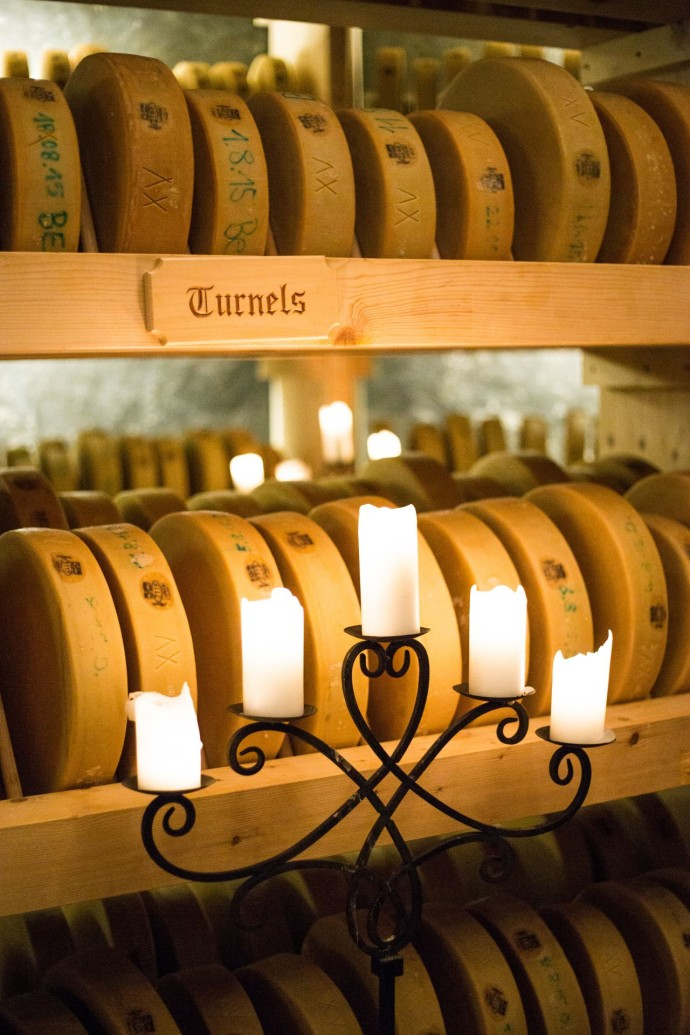 ultima-gstaad-hotel-spa-residences-fromage