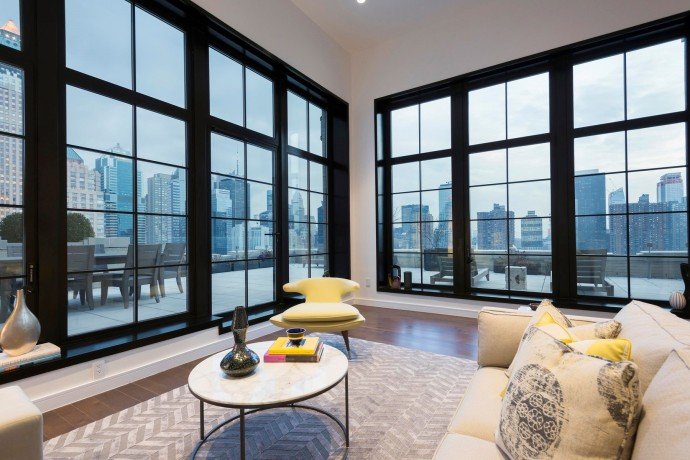 penthouse new york private 425 West 50th Street-6