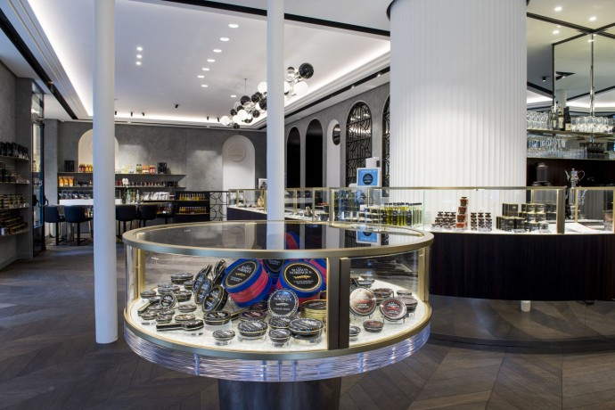 Boutique et table Caviar (c) Anne-Emmanuelle Thion