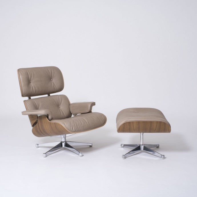 The Conran Shop – Special Edition Eames Lounge Chair and Ottoman in Dark Sand Aniline Leather - White background full_2