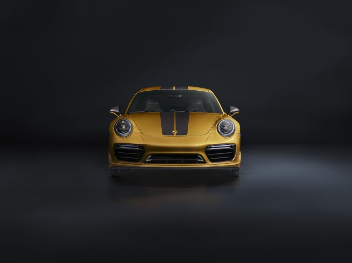 911 Turbo S Exclusive Series avant