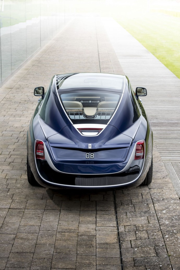 Rolls-Royce Sweptail back