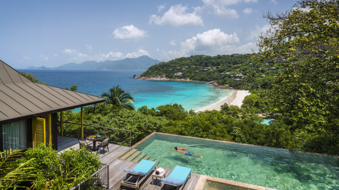 Four Seasons Private Jet seychelles