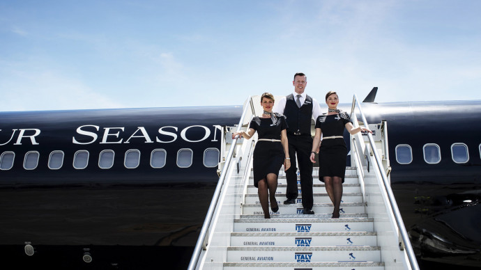 THE FOUR SEASONS JET