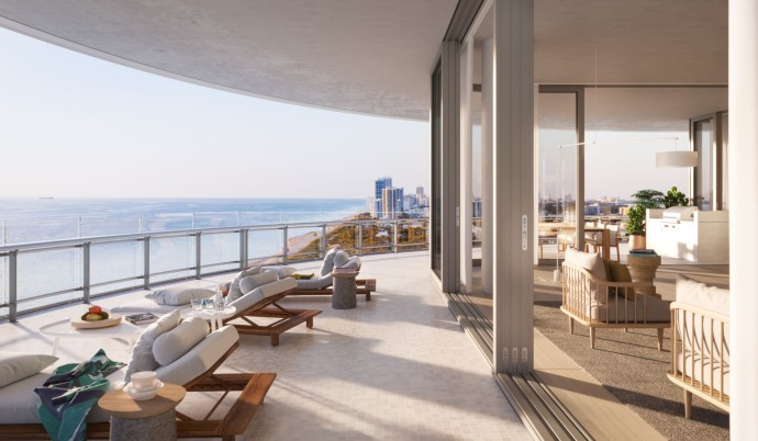 Renzo Piano's first residential project Eighty Seven Park Balcony