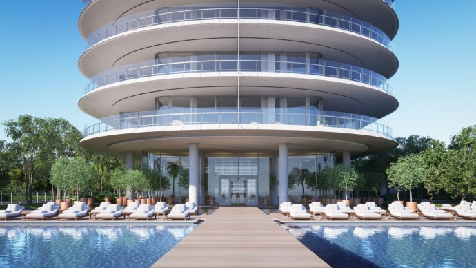Renzo Piano's first residential project Eighty Seven Park Pool