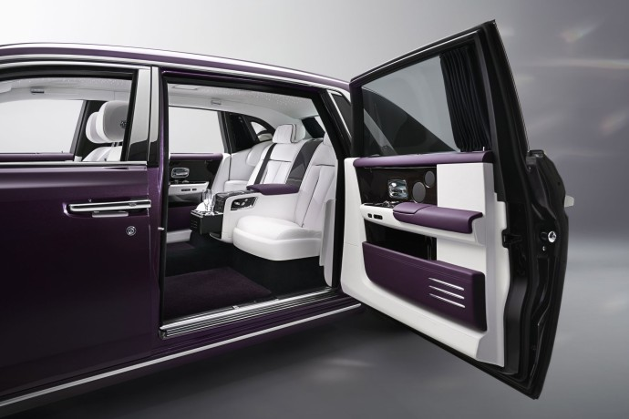 NEW ROLLS-ROYCE PHANTOM 20
