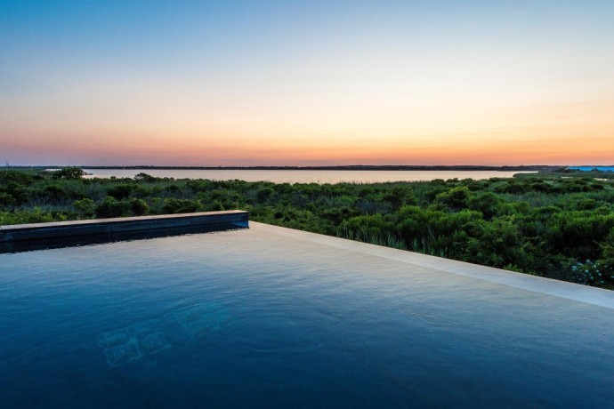 bridgehampton infinity pool 3