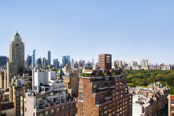 Fernando Botero's Upper East Side Home and Art Studio skyline