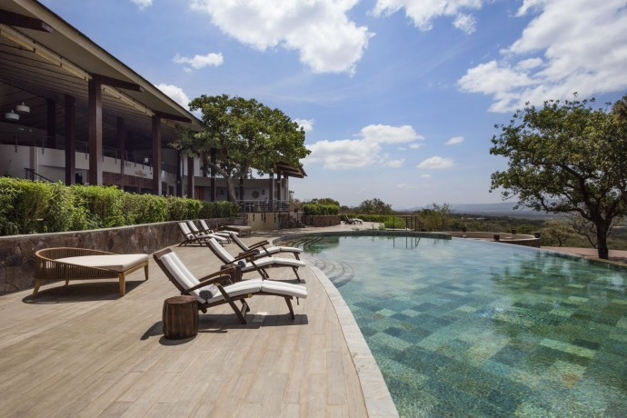 Melia Serengeti Lodge Pool