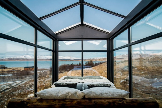 Panorama Glass Logde and igloo iceland verriere