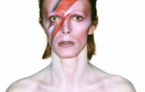 exposition david bowie 4_Album cover shoot for Aladdin Sane, 1973 Photograph by Brian Duffy © Duffy Archive & The David Bowie Archive.