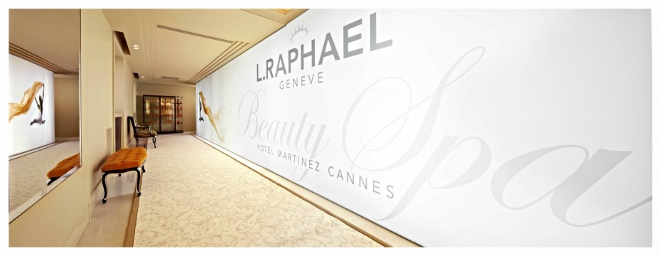 Beauty Spa L.RAPHAEL Hotel Martinez Photo Jean-Francois Romero affiche