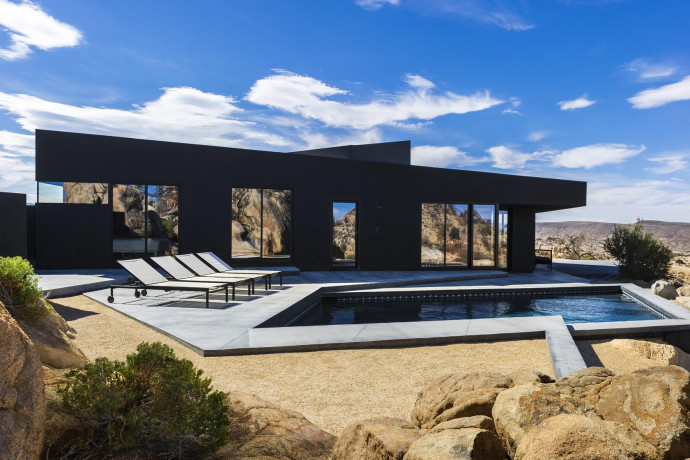 Villa design Black desert house