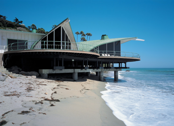 Villa Malibu Luxury Estate Beach House Spa 18 Wave Harry Gesner