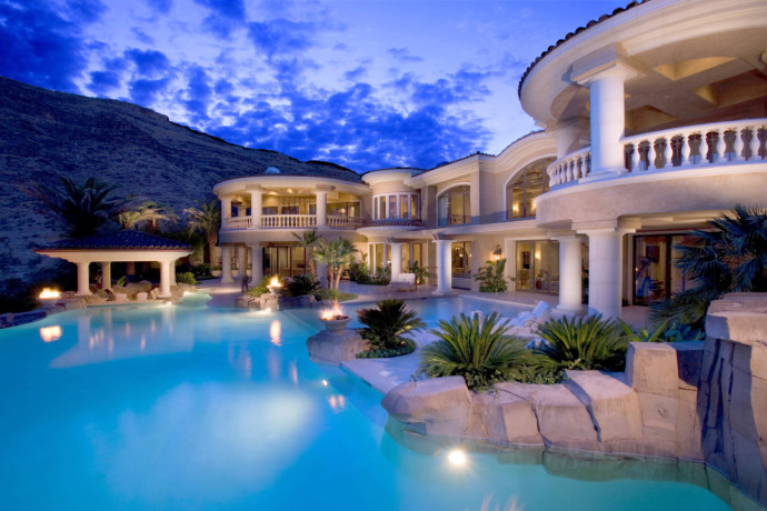Villa and big pool - Bestof Luxury pictures july 2014