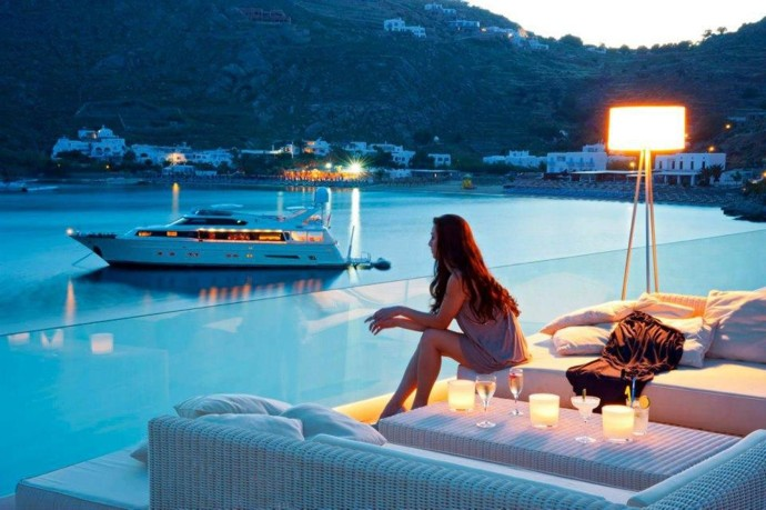 Top 35 photos luxe Aout 2014 - femme yacht