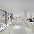 New York Barneys make up