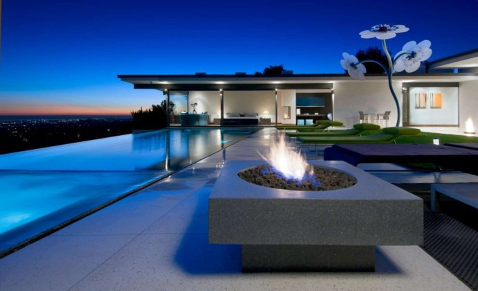 Matthew Perry House Hollywood Hills - Hopen Place