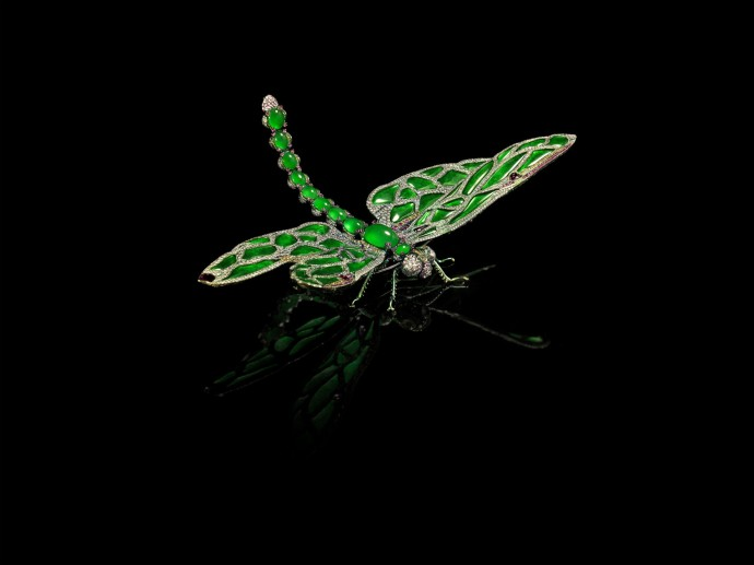 Wallace Chan Brooch_On Dragonfly Wings by Wallace Chan